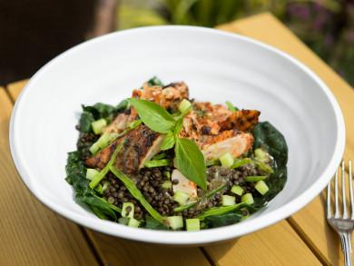 Recepte 3 - Cala fileja pasniegta ar spinatu salatiem
