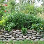 wall-stone-foliage