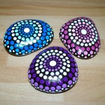 trio-of-hand-painted-pebbles-stones-home-decor