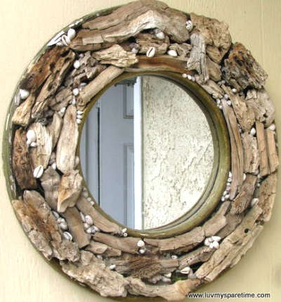 diy-driftwood-mirror-frame