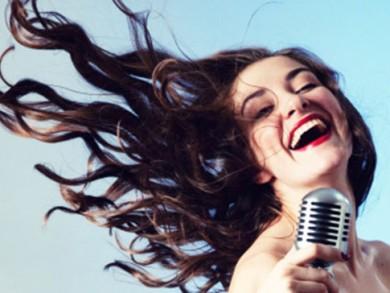 sieviete_dzied