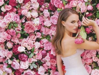 sieviete_roze