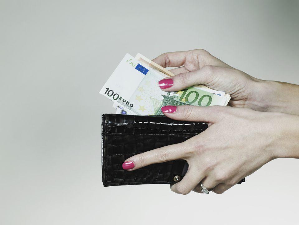rokas_nauda