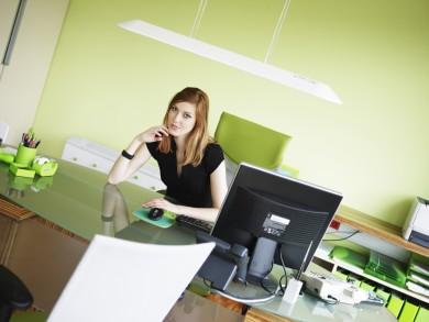sieviete_birojs