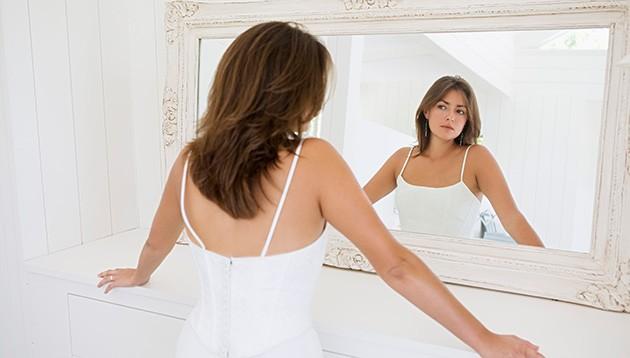 sieviete_spogulis1