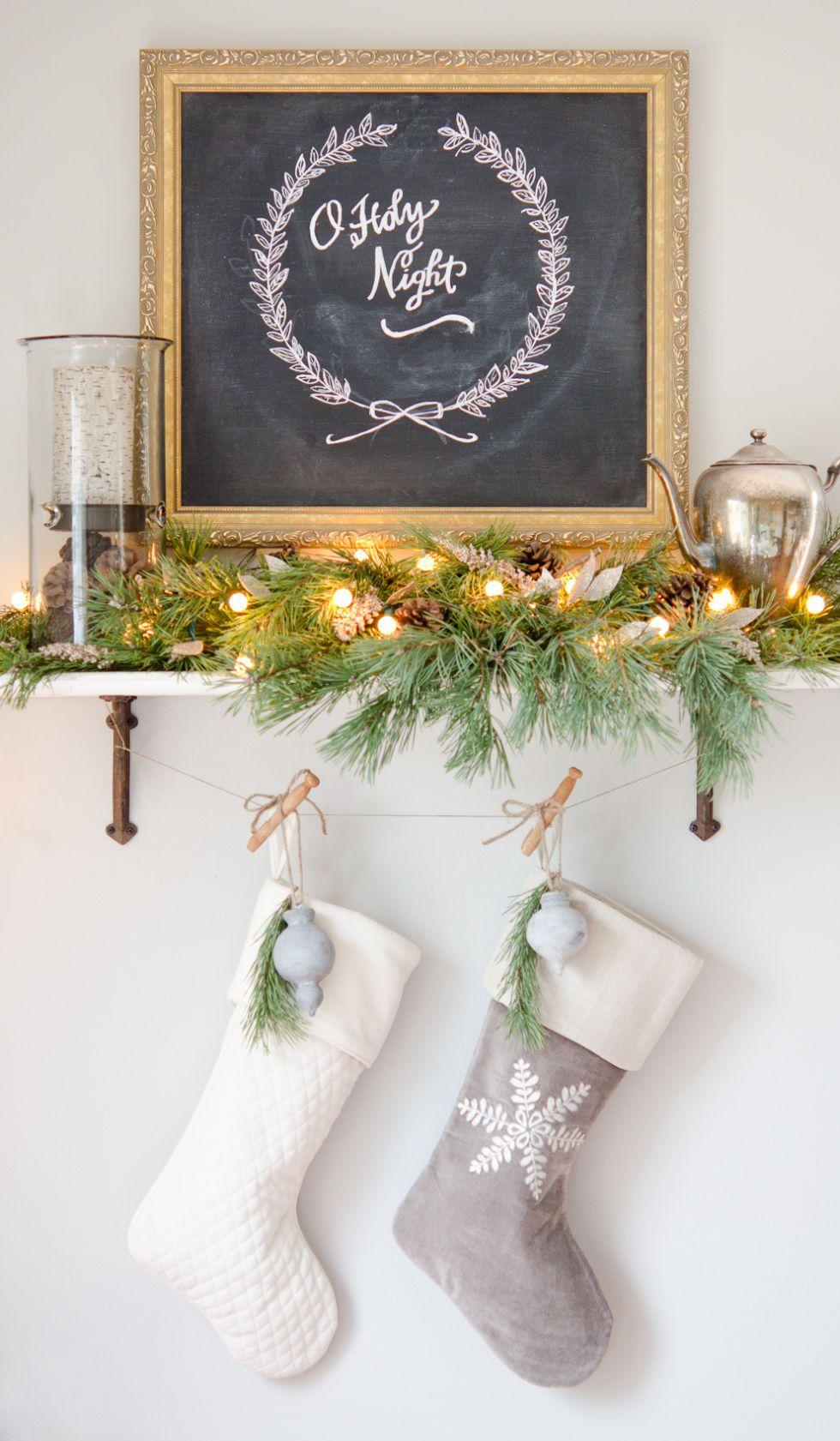 holiday-decor-ideas-chalkboard