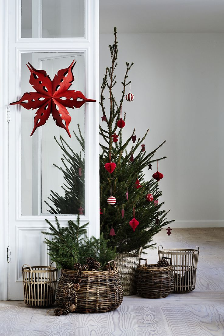 holiday-decor-small-space-02-1505836831