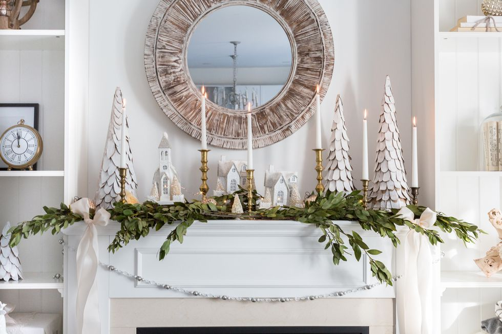 holiday-decor-small-space-06-1505838978